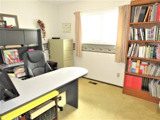 Photo 15: 6482 WILTSHIRE Street in Sardis: Sardis West Vedder Rd House for sale : MLS®# R2389613