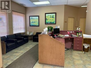 Photo 4: 101-121  6 Avenue NW in Slave Lake: Retail for sale : MLS®# A1024501