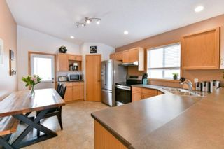 Photo 5: 83 Langley Bay in Winnipeg: Richmond West Residential for sale (1S)  : MLS®# 202005640