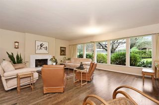 """Photo 2: 4305 LOCARNO Crescent in Vancouver: Point Grey House for sale in """"POINT GREY"""" (Vancouver West)  : MLS®# R2029237"""