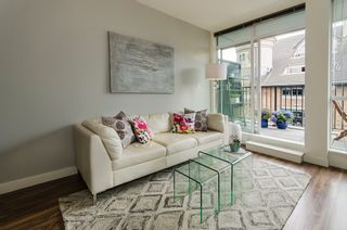 "Photo 4: 402 2511 QUEBEC Street in Vancouver: Mount Pleasant VE Condo for sale in ""OnQue"" (Vancouver East)  : MLS®# R2072084"