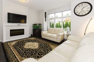 """Photo 3: 3 3400 DEVONSHIRE Avenue in Coquitlam: Burke Mountain Townhouse for sale in """"Colborne Lane"""" : MLS®# R2404038"""