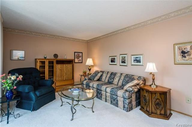 Photo 7: Photos: 206 815 St Anne's Road in Winnipeg: River Park South Condominium for sale (2F)  : MLS®# 1809348