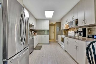 """Photo 11: 319 16233 82 Avenue in Surrey: Fleetwood Tynehead Townhouse for sale in """"The Orchards"""" : MLS®# R2606826"""