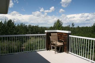 Photo 3: 35 MacDonald Drive in Rural Stettler No. 6, County of: Rural Stettler County Detached for sale : MLS®# A1122917
