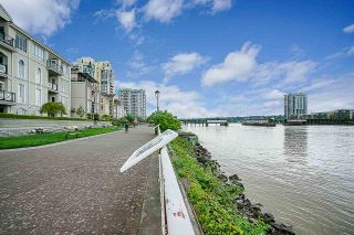 """Photo 28: 1704 1 RENAISSANCE Square in New Westminster: Quay Condo for sale in """"Q"""" : MLS®# R2539218"""