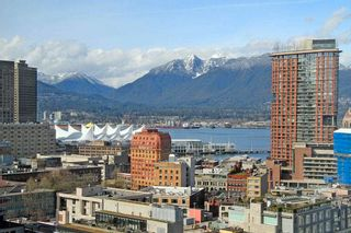 """Main Photo: 2302 131 REGIMENT Square in Vancouver: Downtown VW Condo for sale in """"Spectrum"""" (Vancouver West)  : MLS®# R2589687"""