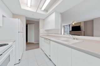 """Photo 14: 1203 867 HAMILTON Street in Vancouver: Downtown VW Condo for sale in """"JARDINE'S LOOKOUT"""" (Vancouver West)  : MLS®# R2613023"""
