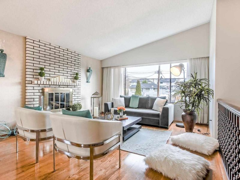 FEATURED LISTING: 278 MUNDY STREET Coquitlam