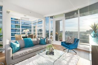 Main Photo: 803 1616 COLUMBIA Street in Vancouver: False Creek Condo for sale (Vancouver West)  : MLS®# R2624261