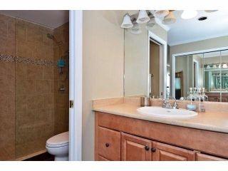"""Photo 15: 305 15025 VICTORIA Avenue: White Rock Condo for sale in """"Victoria Terrace"""" (South Surrey White Rock)  : MLS®# F1412030"""