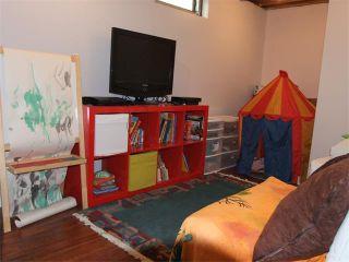 Photo 20: 240 VAN HORNE Crescent NE in Calgary: Vista Heights House for sale : MLS®# C4012124