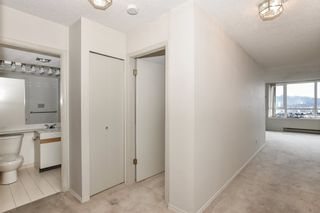 "Photo 15: 1005 6055 NELSON Avenue in Burnaby: Forest Glen BS Condo for sale in ""La Mirage II"" (Burnaby South)  : MLS®# R2529791"