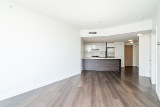 """Photo 10: 511 3557 SAWMILL Crescent in Vancouver: South Marine Condo for sale in """"One Town Centre"""" (Vancouver East)  : MLS®# R2569435"""