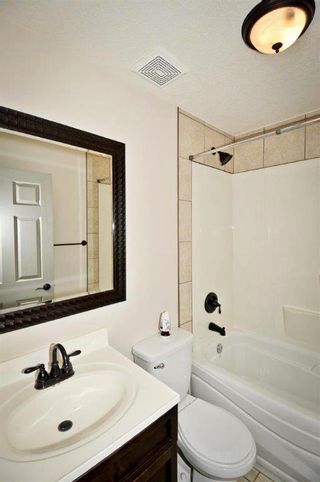 Photo 4: 1916 Home Road NW in Calgary: Montgomery House for sale