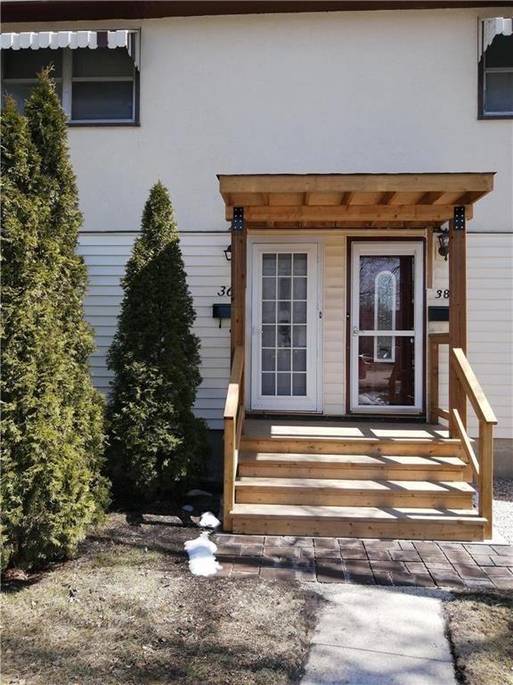 Main Photo: 36 Biscayne Bay in Winnipeg: Fort Garry Residential for sale (1Jw)  : MLS®# 202108823