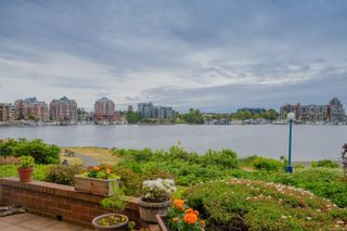 Photo 28: 112 55 Songhees Rd in : VW Songhees Condo for sale (Victoria West)  : MLS®# 876548