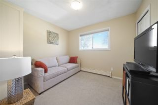 "Photo 14: 1147 TEMPLETON Drive in Vancouver: Grandview Woodland 1/2 Duplex for sale in ""Grandview/Commercial Drive"" (Vancouver East)  : MLS®# R2383549"