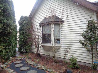 Photo 2: 453 HUDSON BAY Street in Hope: Hope Center House for sale : MLS®# R2436471