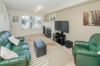"""Photo 8: 6 12778 66 Avenue in Surrey: West Newton Townhouse for sale in """"Hathaway Village"""" : MLS®# R2248579"""