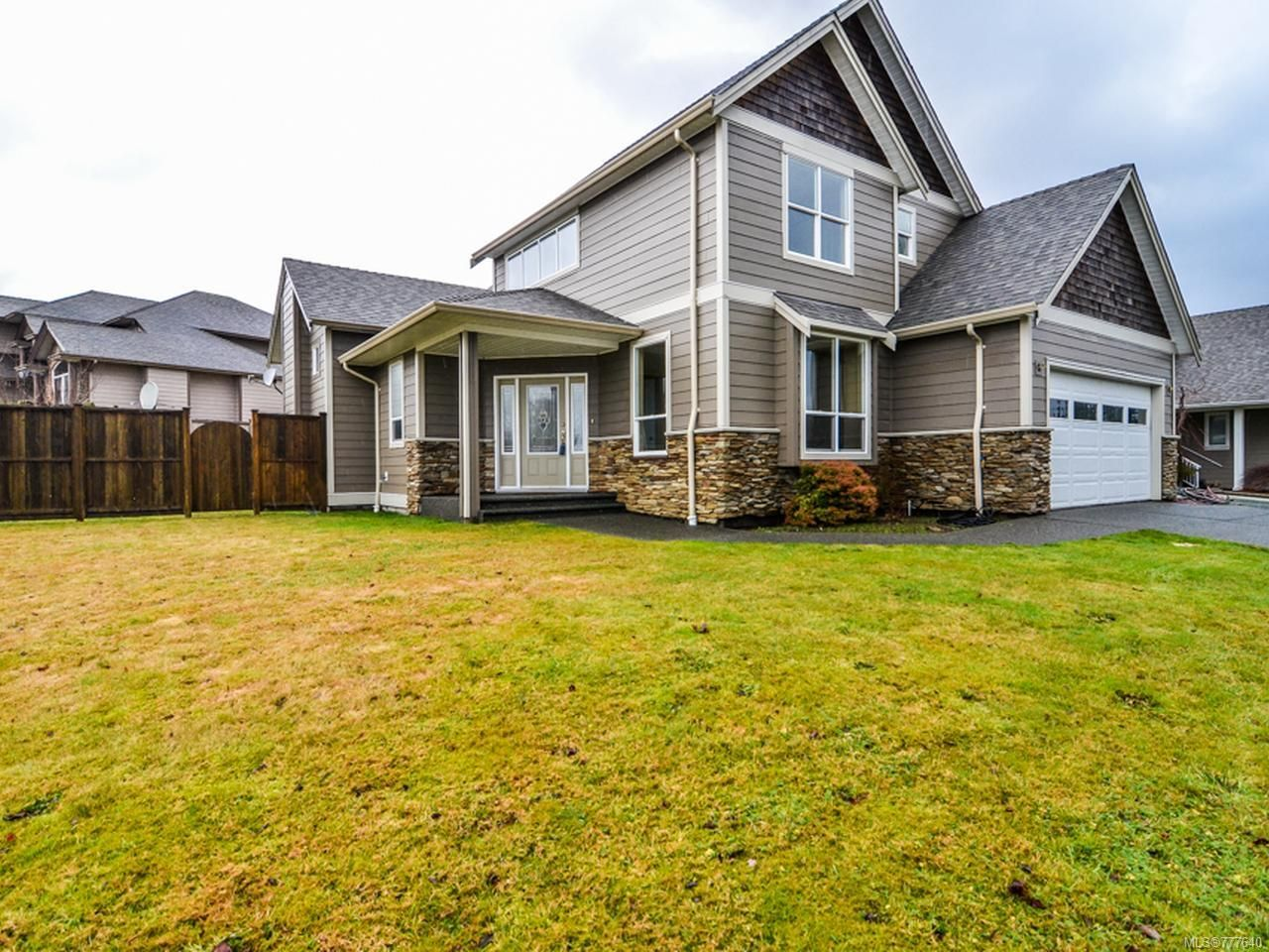 Main Photo: 3478 MONTANA DRIVE in CAMPBELL RIVER: CR Willow Point House for sale (Campbell River)  : MLS®# 777640