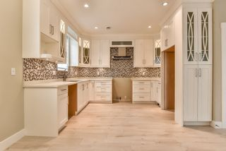 Photo 3: 103 658 HARRISON Avenue in Coquitlam: Coquitlam West Townhouse for sale : MLS®# R2418867