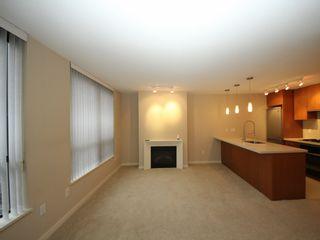 "Photo 6: 809 2982 BURLINGTON Drive in Coquitlam: North Coquitlam Condo for sale in ""Edgemont Westwood Village"" : MLS®# R2328323"