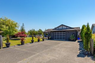 Photo 2: 141 Reef Cres in Campbell River: CR Willow Point House for sale : MLS®# 879752