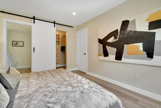 """Photo 16: 206 330 W 2ND Street in North Vancouver: Lower Lonsdale Condo for sale in """"LORRAINE PLACE"""" : MLS®# R2604160"""