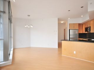 """Photo 4: 1205 1050 SMITHE Street in Vancouver: West End VW Condo for sale in """"THE STERLING"""" (Vancouver West)  : MLS®# V820853"""