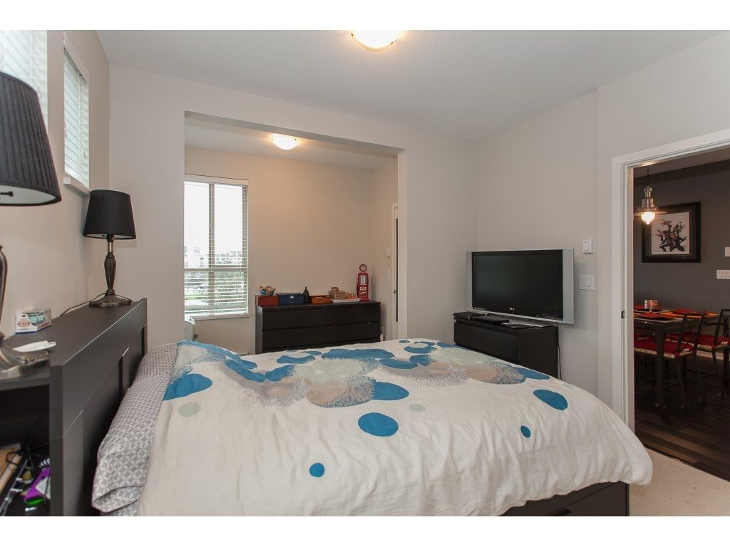 """Photo 14: Photos: 210 5655 210A Street in Langley: Salmon River Condo for sale in """"CORNERSTONE NORTH"""" : MLS®# R2152844"""