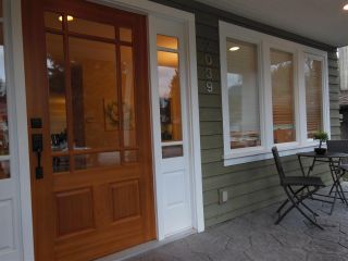 """Photo 3: 2039 KIRKSTONE Road in North Vancouver: Westlynn House for sale in """"WESTLYNN"""" : MLS®# R2025634"""