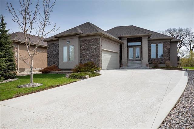 Main Photo: 211 McBeth Grove in Winnipeg: Residential for sale (4E)  : MLS®# 1906364