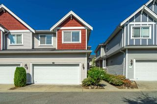 """Photo 3: 15 19977 71 Avenue in Langley: Willoughby Heights Townhouse for sale in """"SANDHILL VILLAGE"""" : MLS®# R2601914"""