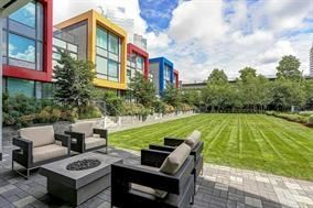 """Photo 11: CH2 6658 DOW Avenue in Burnaby: Metrotown Townhouse for sale in """"MODA"""" (Burnaby South)  : MLS®# R2226331"""