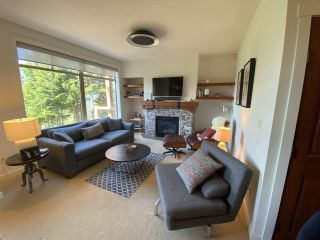 """Photo 3: 10 2301 TALUSWOOD Place in Whistler: Nordic Townhouse for sale in """"Bluffs"""" : MLS®# R2494900"""