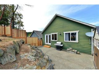 Photo 15: 693 Sunshine Terr in VICTORIA: La Thetis Heights House for sale (Langford)  : MLS®# 735225