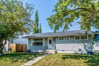 Main Photo: 284 Acadia Drive SE in Calgary: Acadia Detached for sale : MLS®# A1129005