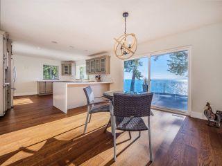 "Photo 21: 7101 DALE Road in Sechelt: Sechelt District House for sale in ""Caleda Estates"" (Sunshine Coast)  : MLS®# R2515160"