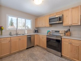 Photo 8: 6912 SILVERVIEW Road NW in Calgary: Silver Springs House for sale : MLS®# C4173709