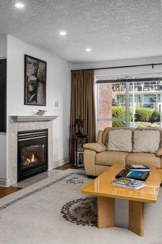 Photo 6: 104 75 Songhees Rd in : VW Songhees Row/Townhouse for sale (Victoria West)  : MLS®# 863660