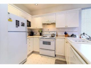 "Photo 10: 33 4933 FISHER Drive in Richmond: West Cambie Townhouse for sale in ""FISHER GARDEN"" : MLS®# V1095792"