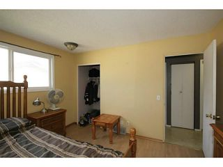 Photo 12: 235 RUNDLECAIRN Road NE in CALGARY: Rundle Residential Detached Single Family for sale (Calgary)  : MLS®# C3636515