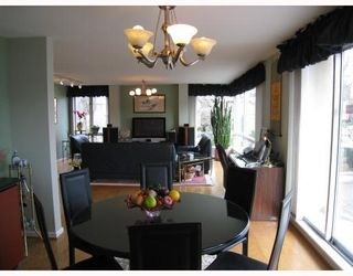 "Photo 4: # 2 2575 TOLMIE ST in Vancouver: Point Grey Condo for sale in ""POINT GREY TOWER"" (Vancouver West)  : MLS®# V804534"