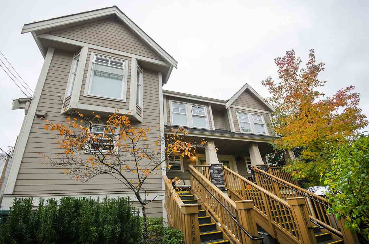 Main Photo: 1666 E 5TH AVENUE in : Grandview Woodland Townhouse for sale : MLS®# R2414498