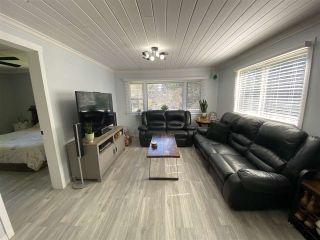 Photo 10: 8143 CEDARWOOD Road in Halfmoon Bay: Halfmn Bay Secret Cv Redroofs Manufactured Home for sale (Sunshine Coast)  : MLS®# R2560997