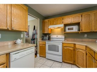 """Photo 4: 39 3292 VERNON Terrace in Abbotsford: Abbotsford East Townhouse for sale in """"Crown Point Villas"""" : MLS®# R2604950"""