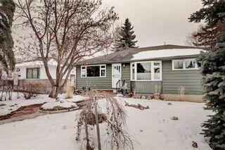 Photo 2: 6220 18 Street SE in Calgary: Ogden Detached for sale : MLS®# C4287265