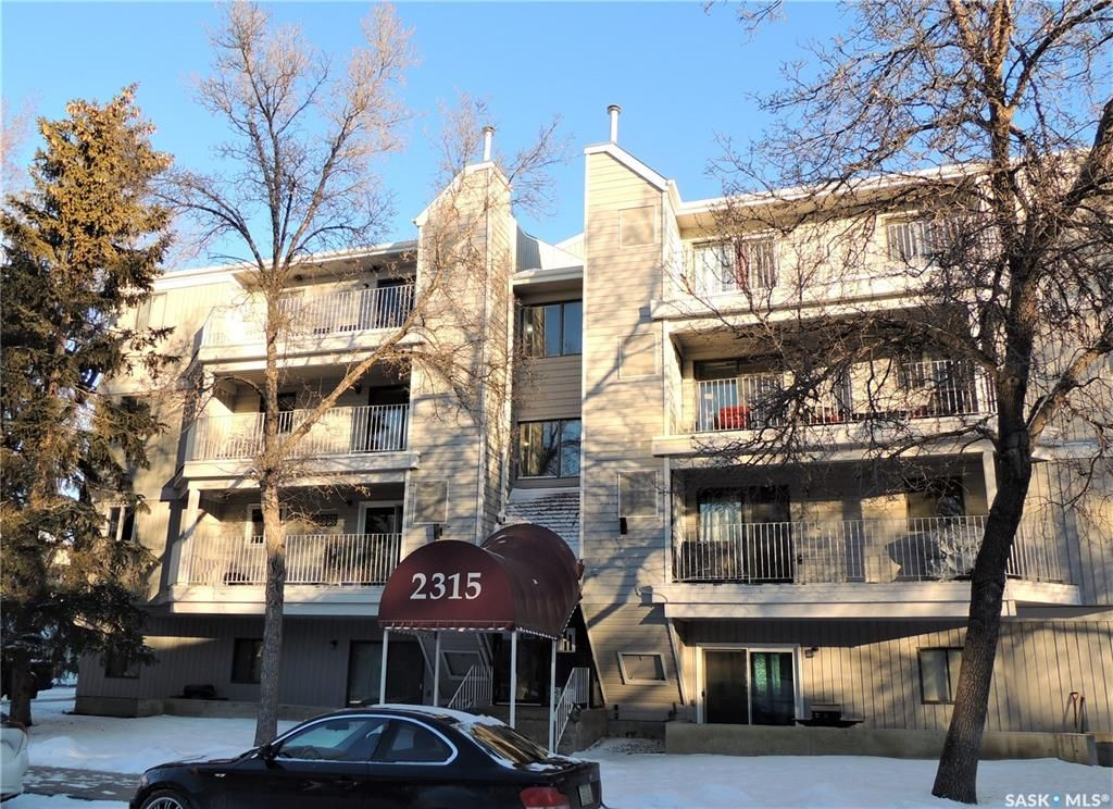 Main Photo: 108 2315 McIntyre Street in Regina: Transition Area Residential for sale : MLS®# SK830173