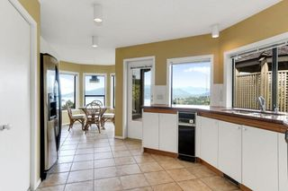 """Photo 12: 5220 TIMBERFEILD Lane in West Vancouver: Upper Caulfeild House for sale in """"Sahalee"""" : MLS®# R2574953"""